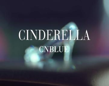 雖然都是樂團,但是 CNBLUE 的風格跟 FTISLAND 真的完全不一樣,相較於 FTISLAND 搖滾風, CNBLUE 的曲風更加輕快,很容易讓人跟著音樂晃動身體。