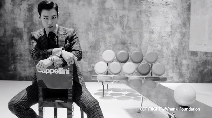 後來楊社長也會跟TOP諮詢,之後還找到瑞士的設計美術館談合作(完全真摯啊~)以前MV中也有出現TOP收藏的椅子喔!