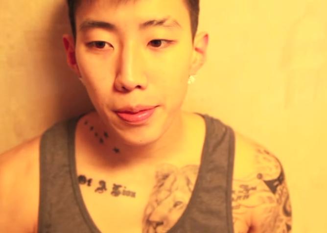 本來是2PM的隊長,朴載範基本上也是韓裔美籍,出生於美國西雅圖,再加上熱愛嘻哈文化,又全身刺青,完全就是典型ABK啊~(America born Korean)