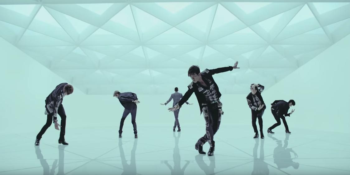 不管是什麼樣風格的舞蹈,李玟雨都能跳出自己的感覺,果然是神話啊!