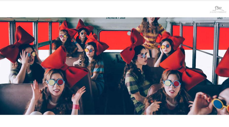 4.Red Velvet - Dumb Dumb 這首真的超洗腦!一直不斷的Dumb Dumb………