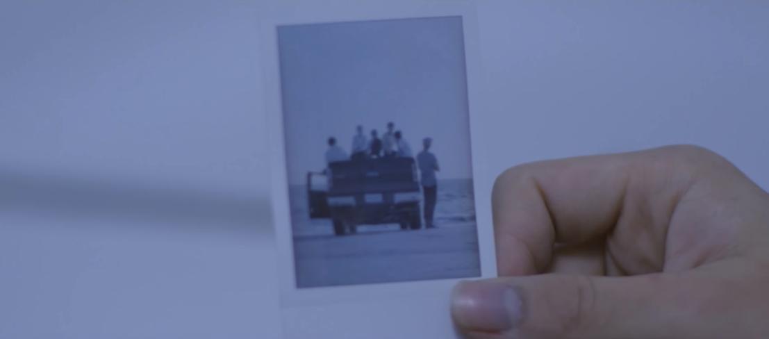 最後的最後,來看一下 BTS 演技爆發的〈RUN〉MV 吧!