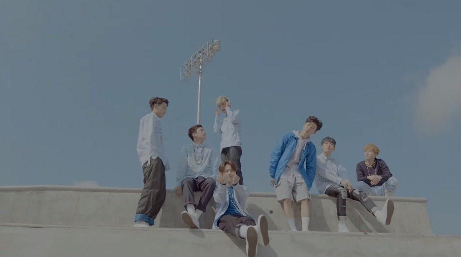 第10名 iKON - 취향저격(MY TYPE) 播放次數: 1,128,083