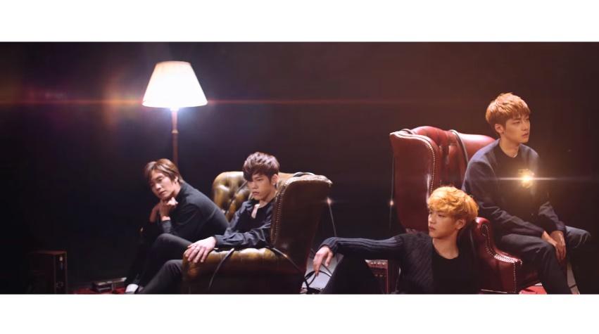 今年5月N.Flying正式出道並推出首張迷你專輯《Awesome》,同年10月推出了這首單曲 〈Lonely〉。