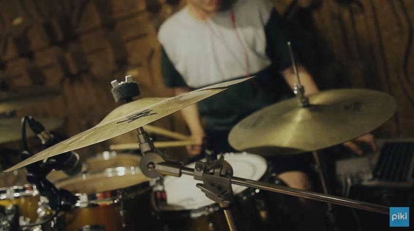 ♪第13名 Hyukoh - Comes And Goes 送上Hyukoh在Piki獨家演唱的〈Comes And Goes〉!