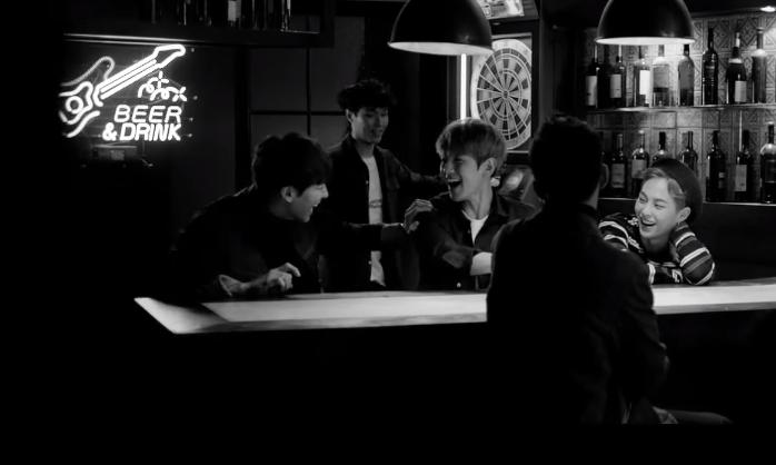 ★ No.9 :: EXO 'Sing For You' ★  稍微小小的下滑一個名次,但這次 EXO 的專輯銷量也突破自己的紀錄,不愧是超人氣的大勢男團 ♥   * 無法播放時,請直接按出處