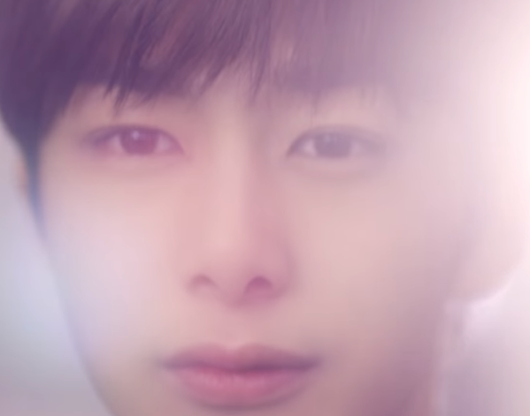 K.will跟Davichi實力派組合,還沒聽歌就覺得會很好聽!MV找來K.will同公司的師弟Monsta X的亨源,以及新生代女演員尹芮珠演對手戲,預計是耳朵和眼睛都能同時得到拯救的一首歌曲啊~