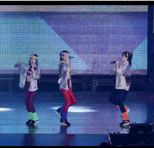 欸?真的有這個子團嗎?由秀英、孝淵跟俞利組成的「SHY」,俞利曾開玩笑地說,她們不會唱歌,子團會以綜藝為目標活動XDD 但不知怎麼地令人期待感Up Up啊~SM真的不考慮推出嗎?XDDD