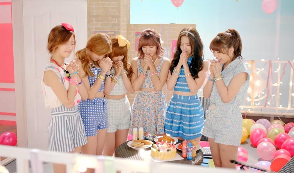 ✿ Apink《NoNoNo》  這首《NoNoNo》是 Apink 出道後,首個在韓國三大電視台(KBS、MBC及SBS)音樂節目上,獲得一位的歌曲。  * 無法播放時,請直接按出處