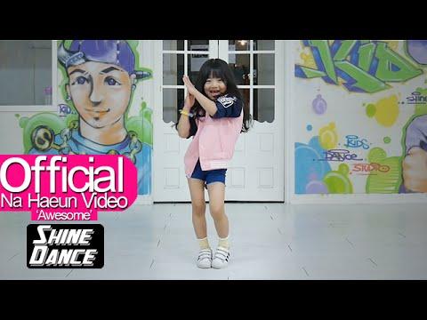 之後也在自己的Youtube頻道分享了許多舞蹈cover的影片,夏恩不但能消化這首重節奏、性感又有力道的〈BangBang〉…