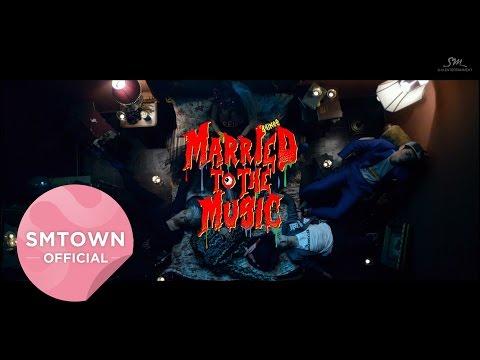 SHINee - Married To The Music *其實我真的有一度覺得自己在看恐怖片...