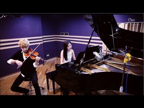 之前在宣傳個人SOLO專輯Trap時,也有請到仙女徐玄幫忙彈鋼琴,自己拉小提琴,完美合奏!