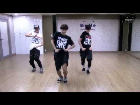 登登!沒錯~~是粉絲的話都會知道,防彈少年團隊內的舞蹈擔當是j-hope、Jimin和柾國三位成員,看他們跳舞真的很享受啊~~~希望哪天可以為他們出個子團(笑)