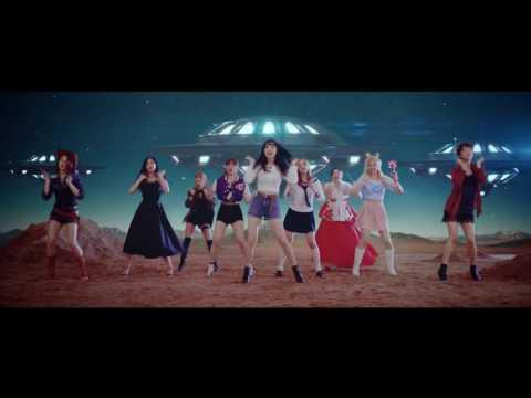 No.1 TWICE-Cheer up 維持天數:24日 繼Wonder girls之後刷新melon 週榜紀念的 TWICE,不只因為《Cheer Up》人氣爆發,最近這首歌Youtube的點閱人次更逼近8千萬大關。是目前目鼎年度最佳歌曲的強力後選