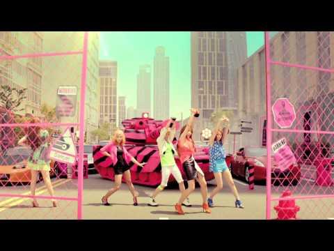 f(x)的經典好歌《Hot summer》更猛,據說是在f(x)還是練習生的時候就已經錄音完成的歌曲