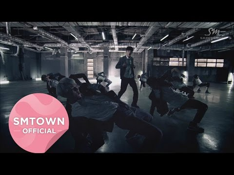 EXO - Growl 發行Wolf和Growl這兩首時,幾乎是EXO的全盛時期 雖然很可惜中國成員紛紛離開了,但是九人的力量絕對會繼續走向全世界~