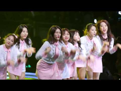 雖然團體實力很重要,但看看韓國一年光是女團就起碼推出30組。想要團體能最快讓人留下深刻印象,不得不說中心的位子真的很重要~先前曾有I.O.I的成員磪有情因為站到了中間位,超可愛的表現讓不算是韓國「標準美女」的她爆紅的奇蹟