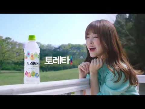 不僅《我的鬼神君》裡有寶英演唱過的《離開》,和仲基一起演出的電影《狼少年》裡也有寶英演唱的畫面,就連廣告主題曲也要自己唱…不得不說韓國的女演員真的很不給歌手機會(X),真的很多才多藝啊!