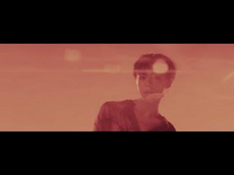 最後就來聽聽GD的新歌吧! 這次的新歌《無題》真的是太棒了~ 每次聽都好感動ㅠㅠ