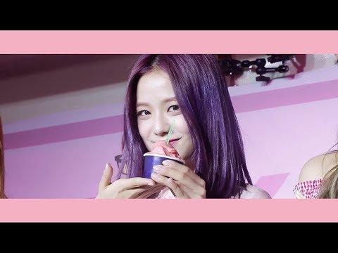大家還記得前陣子BLACKPINK請粉絲吃冰淇淋的活動嗎?YG官方也在今天公開當天的影片,當天成員們都美呆了!希望有機會她們能趕快到台灣阿~~~