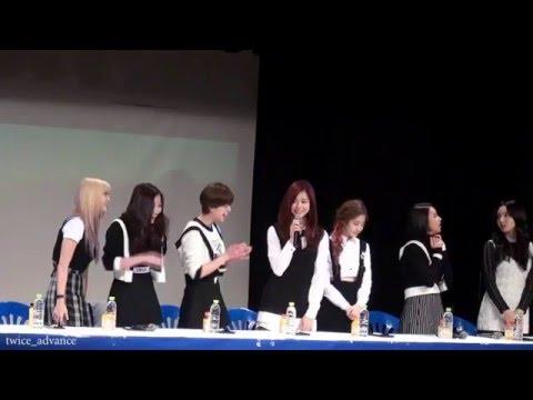 不過看子瑜從《Sixteen》裡在鏡頭前說韓文還有些害羞,到從姐姐那裡學「尤達呀」,甚至變成團霸,常常丟出一句話就讓姐姐們笑到不行。也讓人期待一樣是隊裡忙內的賴冠霖,會在哥哥們男子漢的教育下,韓文越來越好啊!