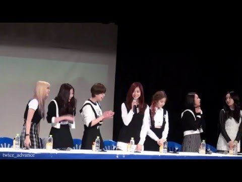 不過子瑜和MOMO上回爆料成員們教她的韓文好像一般粉絲很難派得上用場,像是MOMO是說成員教她說「不跟妳玩了」,子瑜則是說姐姐教她,而她學得最好的一句韓文是「尤達啊~」(子瑜的綽號)…好像不是很實