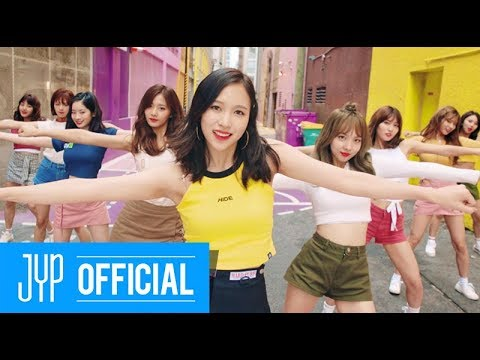 TWICE今年不只在韓國賣破自己專輯的銷售紀錄,光是預售就賣破12萬張,打破自己在韓國的紀錄,成為今年最賣而且短期內看來很難越。在日本首張專輯《#TWICE》賣破30萬門檻之際,第二張專輯也在兩天內賣出13萬張,打破Kara過去十萬銷量的紀錄。