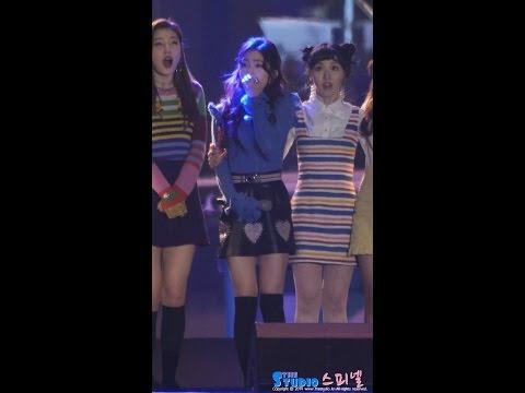 而今年MBC年末舞台因電視台罷工的緣故,全部取消戶外舞台統一在 MBC Dream Center舉辦,這個變動也讓粉絲鬆一口氣,終於不用再擔心偶像們在戶外被凍慘了