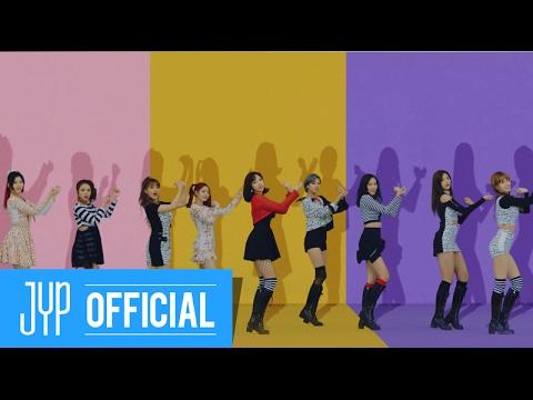 TOP1 TWICE-KNOCK KNOCK 作為今年女團音源成績最好《KNOCK KNOCK》,是韓國YOUTUBE觀賞次數最多的MV,其實一點都不讓人意外啊! TWICE今年的人氣依舊高漲呢~