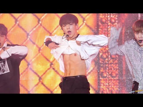 # Wanna One - 姜丹尼爾 1:06姜丹尼爾掀起衣服公開腹肌的瞬間,就跟這首歌一樣火熱到不行啊~