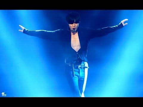 # SHINee - 泰民 二話不說直接送給粉絲整片胸膛的泰民真的是太大方了 (流鼻血)
