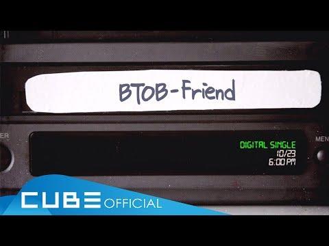 很特別的是《Friend》這首歌是隊長恩光入伍前就已經完成錄製的歌曲,訴說BTOB在這些年裡互相扶持,一起前進的兄弟情,這7人的感情早已昇華成像家人,還沒聽過的人趕快去聽聽這首BTOB充滿感性的《Friend》