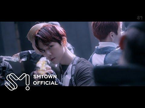 最近EXO也即將在12月13日韓國時間晚上6點發布新歌《LOVE SHOT》,預告裡出現的性感手槍舞已經讓不少粉絲大喊好期待!