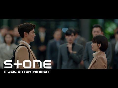 此外,最新熱騰騰出爐的韓劇《男朋友》第三波OST,還可以聽到龍俊亨的暖暖的聲音啦!這可是俊亨第一次以個人身分演唱OST,冷冷的冬季,聽著龍PD聲音,是不是也跟著暖起來啦!