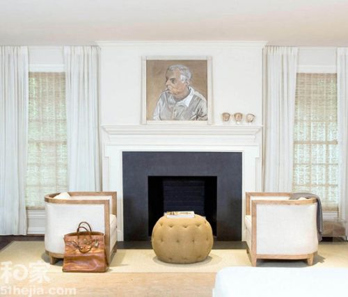 3.用藝術品和雕塑品 顏色鮮明的油畫、充滿雕塑感檯燈、 華麗的臥室寢具、細緻的傢俱都是一般 Art Deco 常見的家飾品, 只把這些元素融合到居家風格上就能營造  Art Deco 這種強烈的表現藝術的居家風格。
