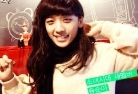 BIGBANG 勝利 這女孩需要一點遮瑕膏(熊貓眼是男是女都是致命傷啦)