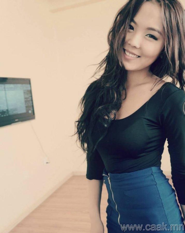 絕妙身材的蒙古女孩~