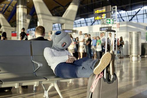 外星人枕頭  讓你帶著不怕睡相太醜而出糗