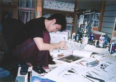 他也成為日本漫畫家中少數因畫漫畫大賺一筆的人