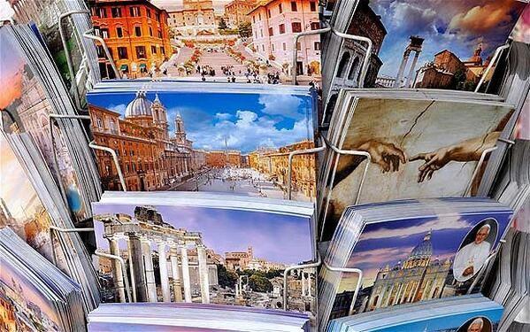 10. 每到一個地方寄一張明信片給自己 等到回家後就能收到滿滿當時的回憶