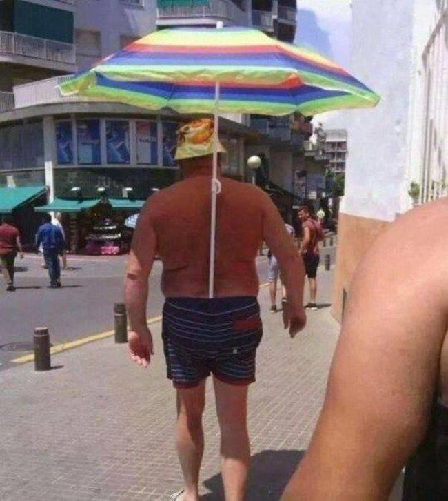 哥沒有小弟 但是有股溝哥幫我打傘