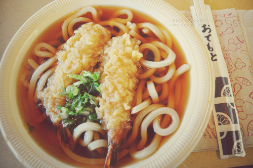 烏龍麵是日本最具代表性的特色麵條之一,也是日式料理店裡不可缺少的主角 我們吃過湯麵、炒烏龍麵、咖哩等吃法