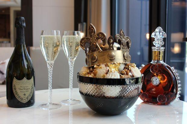 5.維多利亞 | 1000美金(約3萬台幣)  全世界連鎖高級飯店朗豪的餐廳中 販賣的這款冰淇淋 外觀就跟名字一樣很有皇室的味道