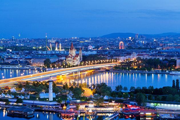 ▣ 第10名. 維也納 (奧地利首都) 2013年排名第9,今年稍微下滑1個名次 宜居性第4、自然環境排名第6
