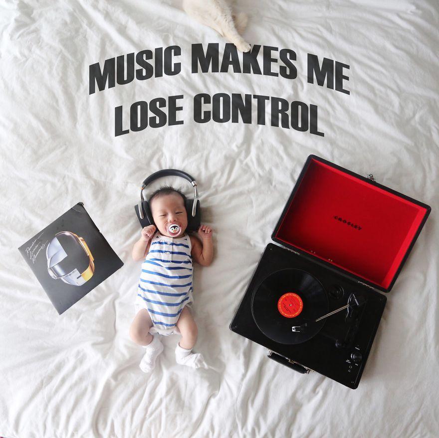 #. DJ (媽媽希望她成為音樂家嗎?)