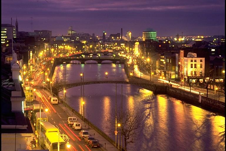 愛爾蘭的人口也不就是475萬人 他的訂閱人數超越1個國家了XD...