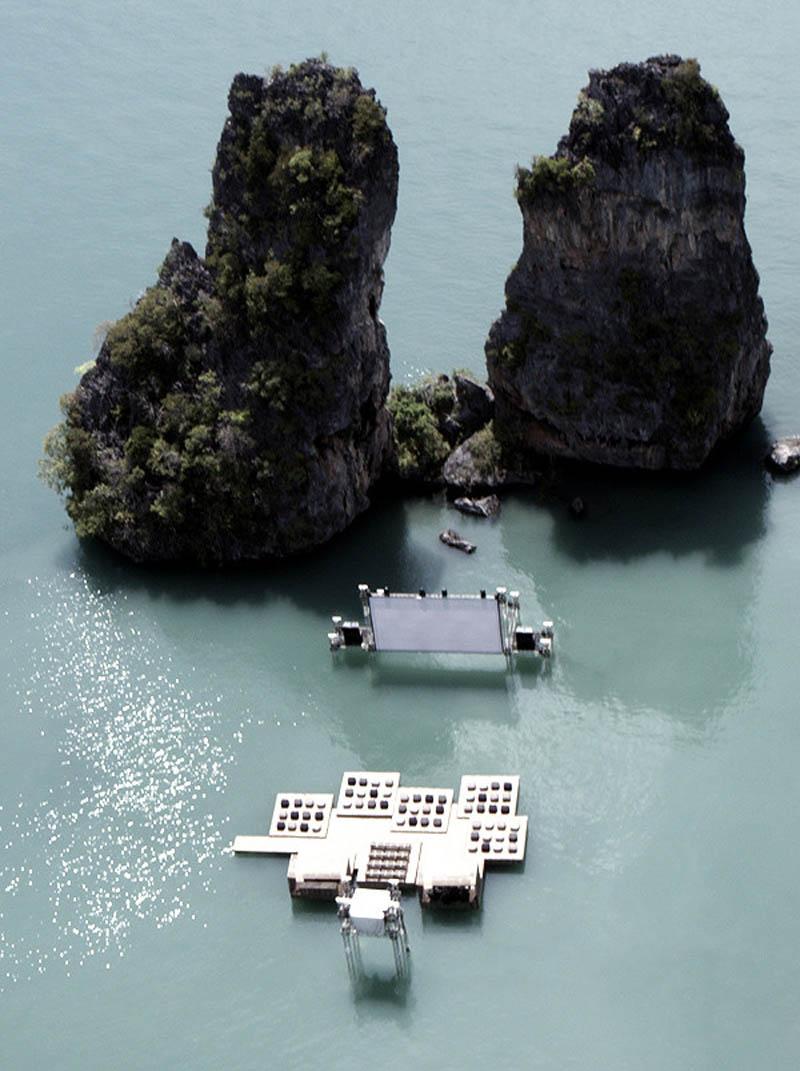 因為是為了2012泰國遙諾島電影節而設置 由德國建築師特別建造,但是電影節結束後就拆惹~