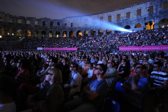 每年普拉(Pula)國際電影節時 這個地方就會搖身一變成為大型電影院