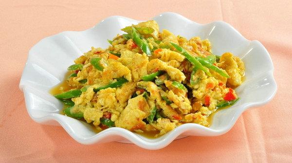 過了保鮮期的雞蛋 建議高溫炒著吃,就不要做蛋花湯了