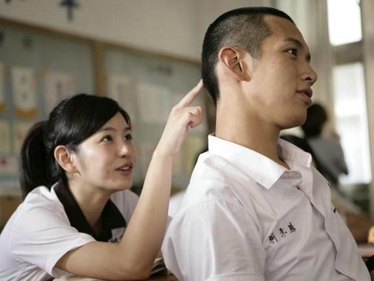 這部電影不但捧紅了陳妍希、男主角柯鎮東 不只在台灣,香港、中國、新加坡等地都是人氣高漲~